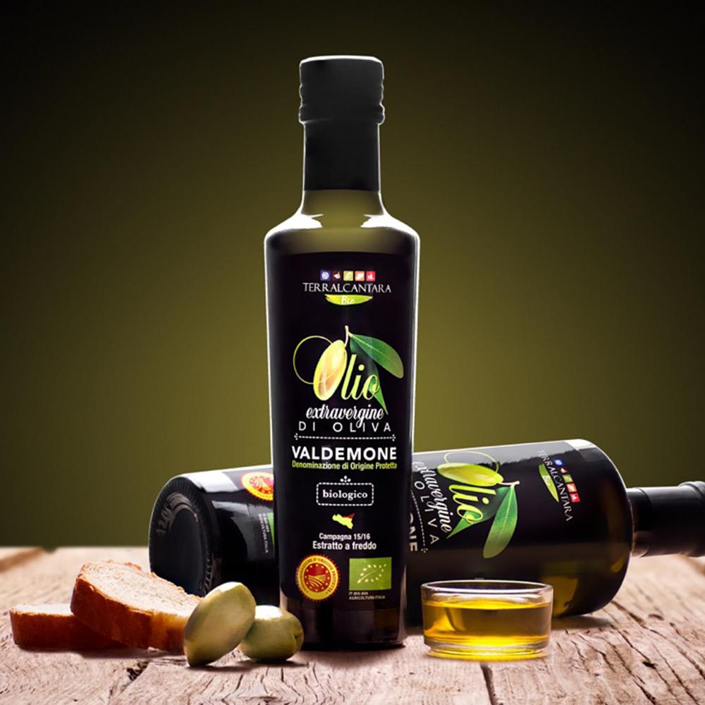 produzione-olio-bottiglia